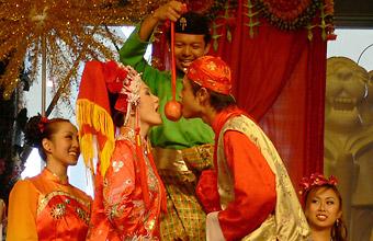 f83fbc5a3719a 中国    画像 可愛い♥アジアの新郎新婦 - NAVER まとめ